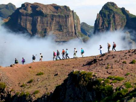 Randonnée Pico do arieiro – Pico ruivo : l'ascension vertigineuse